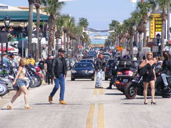 Daytona Beach Bike Week. Photo: Gamweb, via Wikimedia Commons