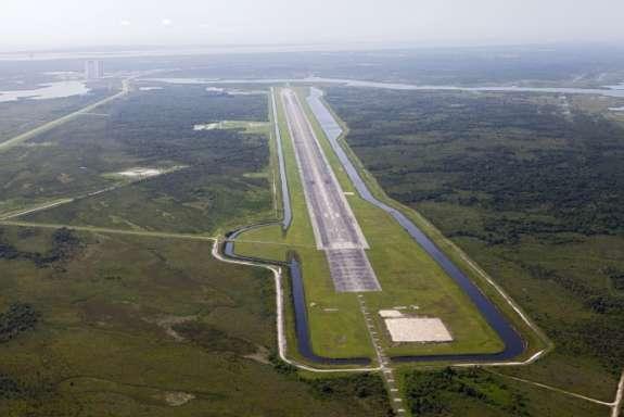 space shuttle landing florida - photo #37
