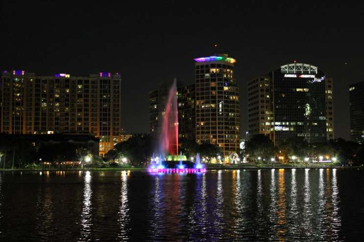 Lake Eola, Orlando. Photo: Matthew Peddie, WMFE