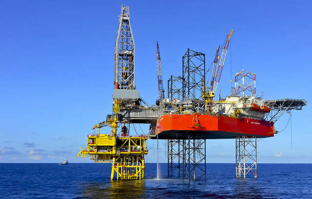 Amendment 9 would, no matter what the feds do, prevent drilling in state waters. About 3 miles off the Gulf Coast and 10 miles off the Atlantic Coast. Photo: Flickr Creative Commons