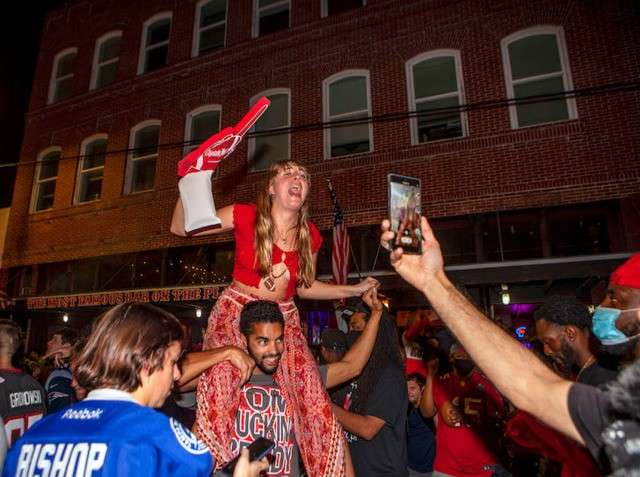 Image:  Tampa Super Bowl Street Party, Kimberly DeFalco, Orlandoweekly.com