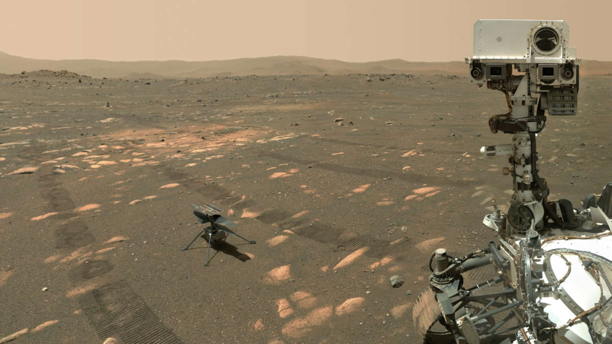 NASA's Perseverance rover takes a selfie with Ingenuity. Photo: NASA/JPL
